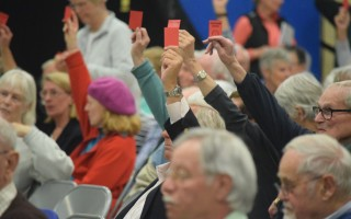 Chatham town meeting votes on a wastewater agreement with Harwich. The measure passed 220-61. TIM WOOD PHOTO  (photo: )