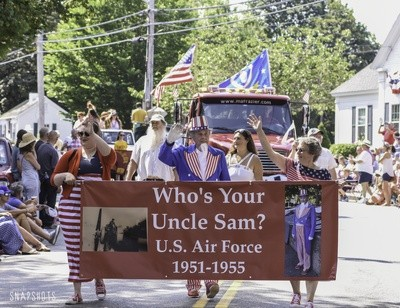 Uncle Sam, who served our nation in the US Air Force, waves at the crowd during the Chatham Parade.  KAT SZMIT PHOTO