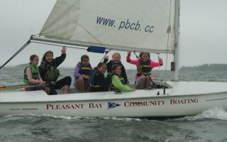 Under direction from a PBCB sailing instructor, Chatham Elementary School students (from left) Hillevi Segerson, Leyla Holmes, Chloe Nash, Makenzie Looney, Olivia Haffmans and Taylor O'Connell enjoy a sail on Pleasant Bay.  ALAN POLLOCK PHOTO  (photo: Alan Pollock)