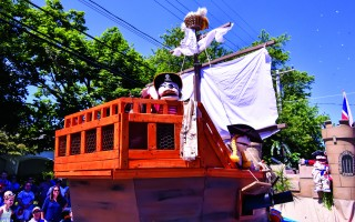The Bridge Street Buccaneers won best overall float in Monday's parade. KAT SZMIT PHOTO  (photo: Kat Szmit)