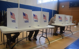 Voters fill out ballots in Chatham, where turnout was 71 percent. TIM WOOD PHOTO  (photo: )