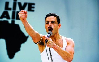 Rami Malek recreates Queen's performance at Live Aid in