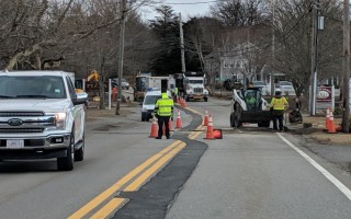 Crews replace a gas main on Route 28 in Chatham last month. ALAN POLLOCK PHOTO  (photo: Alan Pollock)
