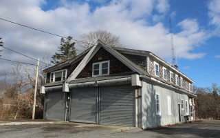 Selectmen seek movement on demolition of the former fire station on Bank Street. WILLIAM F. GALVIN PHOTO  (photo: William F. Galvin)