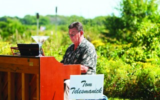 "Pianist Tom Telesmanick plays the original ""piano in the woods"" at last year's Wildlands Music and Art Stroll. KATHLEEN MAGNUSSON PHOTO  (photo: Kathleen Magnusson)"