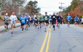 Runners set out at the start of the inaugural Chatham in the Fall road race on Sunday, Nov. 20. Kat Szmit Photo 