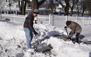 Shoveling out in downtown Chatham. TIM WOOD PHOTO  (photo: )