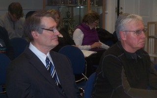 Town Counsel Michael Ford, left, who's been Harwich's moderator since the 1970s, and Orleans Moderator David Lyttle offered their comments on town meeting procedures at last week's selectmen's meeting. ED MARONEY PHOTO  (photo: Ed Maroney)