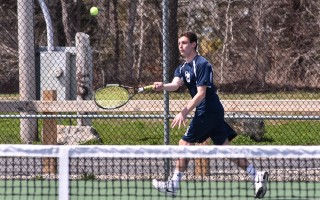 Monomoy's Ben Roza keeps his eye on the incoming ball during his match against Nauset's Kellen Perry, earning a win for the Sharks.  KAT SZMIT PHOTO  (photo: Kat Szmit)