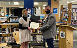 Monomoy Regional High School senior Amy Hinesley, a Chatham resident, with the 2021 Massachusetts Association of School Superintendents Award for Academic Excellence on Jan. 28. COURTESY PHOTO  (photo: )