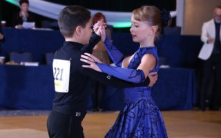 Soren Jones-Carlson dances with Larkin Fox.     (photo: )