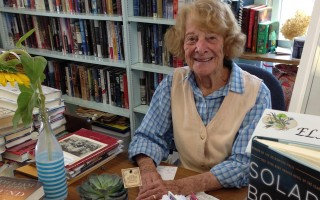 Elayne Perlstein, 90, keeps the South Chatham Public Library running. DEBRA LAWLESS PHOTOS  (photo: Debra Lawless)