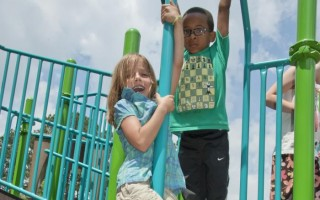 School nurses know: flip-flops are a key culprit for playground injuries. CDC/AMANDA MILLS  (photo: Amanda Mills)