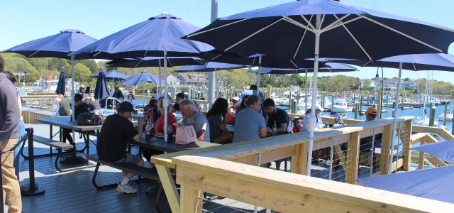 Saquatucket S Dockside Restaurant Off To Great Start Cape