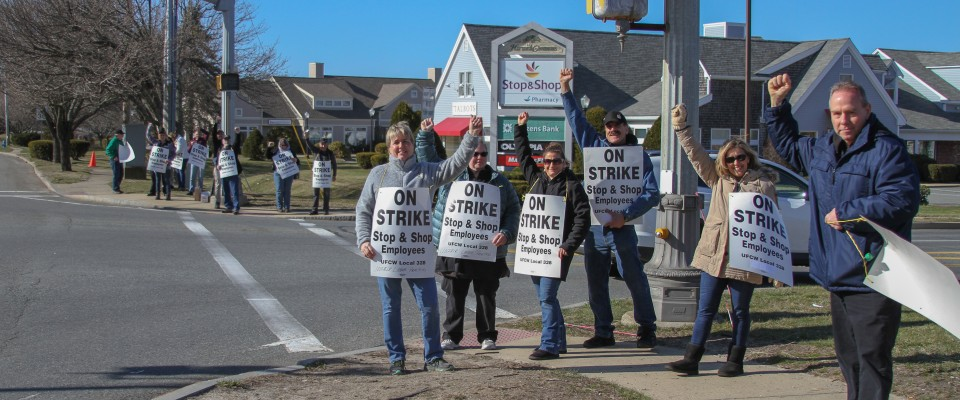 Stop & Shop Workers Strike | Cape Cod Chronicle